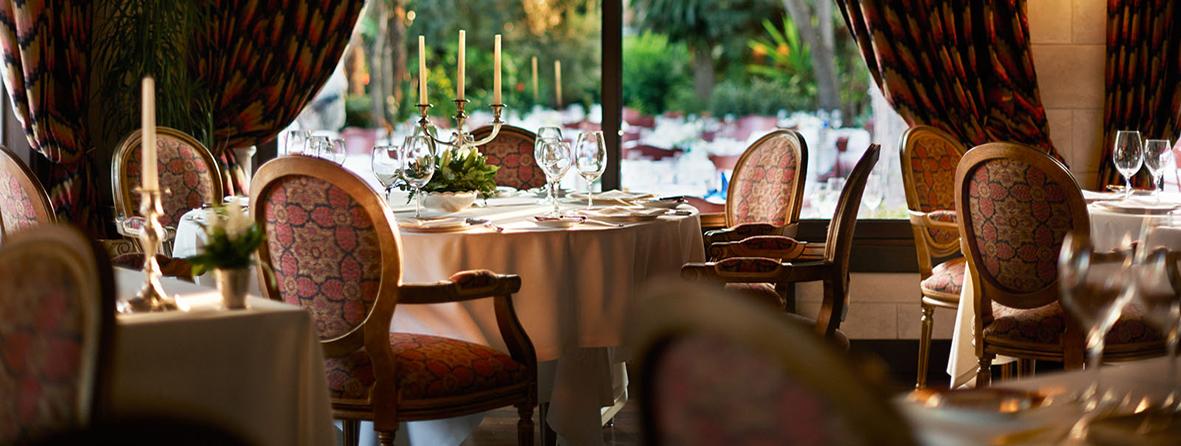 http://www.marcasrenombradas.com/wp-content/uploads/2016/11/Vayoil-Textil_Manteles-restaurante.jpg