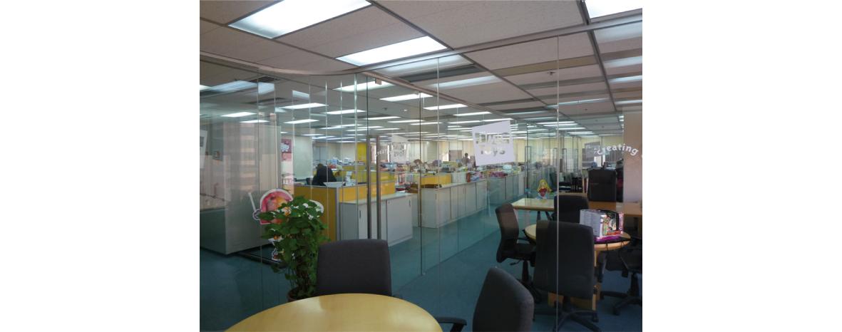 http://www.marcasrenombradas.com/wp-content/uploads/2014/09/HK4_office.jpg